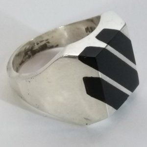 Vintage Sterling Silver Onyx Inlay Signet Ring